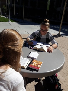 Studying outside2_1Oct2018